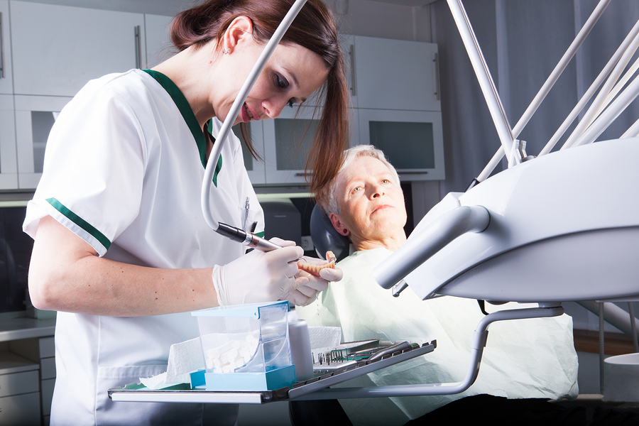 Home Care Services in Newport Beach CA: senior Oral Care